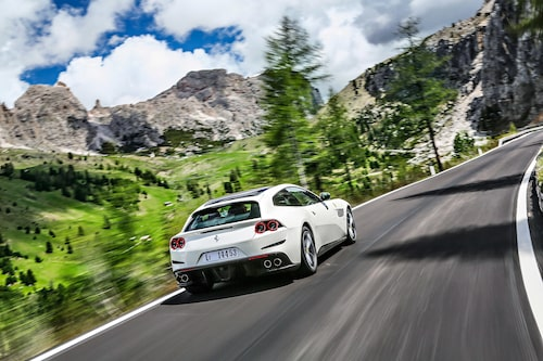 Ferrari GTC4Lusso.