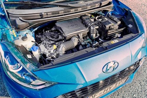 Koncernens MPI-motorer hänger med en generation till. Elektrifiering ligger längre fram i tiden.