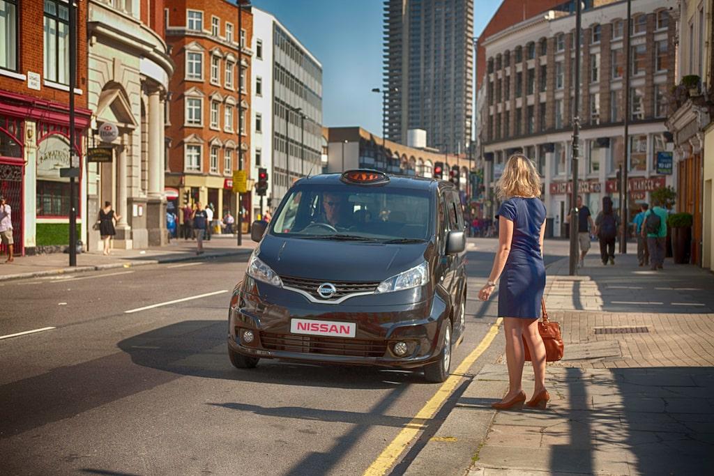 Än är kampen om vilken bil som faktiskt blir nästa London-taxi inte avgjord men de avgörande kvaliteterna som kan vinna matchen åt Nissan är den förhållandevis låga bränsleförbrukningen och utsläppen.