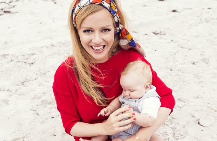 Ebba von Sydow med lilla Klas, 4 månader.