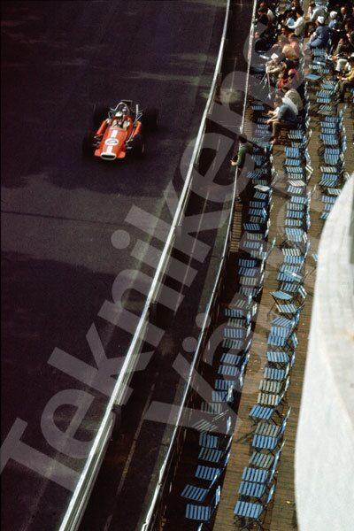 Bild 3. Formel 3 i Monaco 1969. Mått 35 x 50 cm.