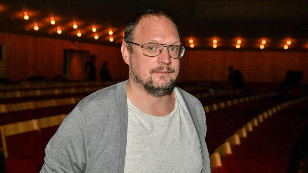 Jonatan Unge är idag en av Sveriges populäraste ståuppkomiker.