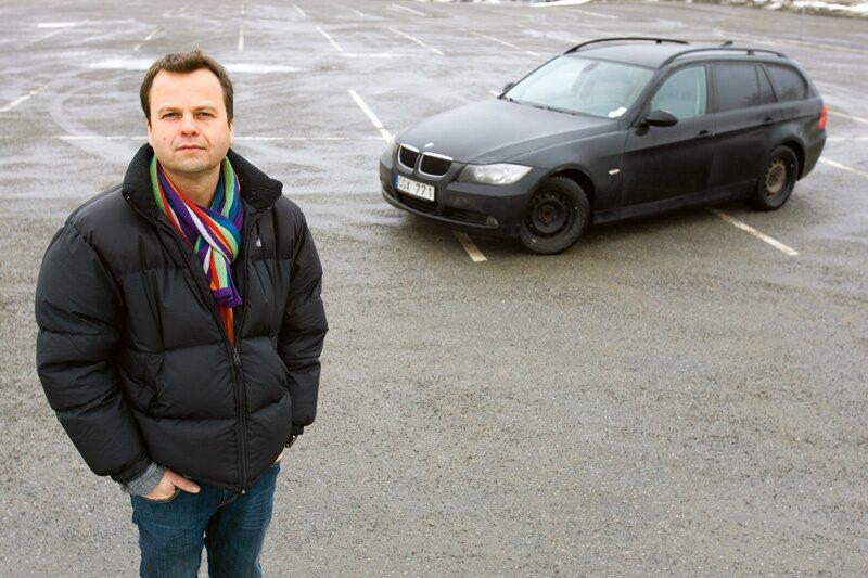 Både Robert Bytner i Stockholm (bilden) och Morten Gustavsson i Landskrona satte kaffet i vrångstrupen när de fick prisförslag (se nästa bild) på byte av partikelfilter på sina BMW.