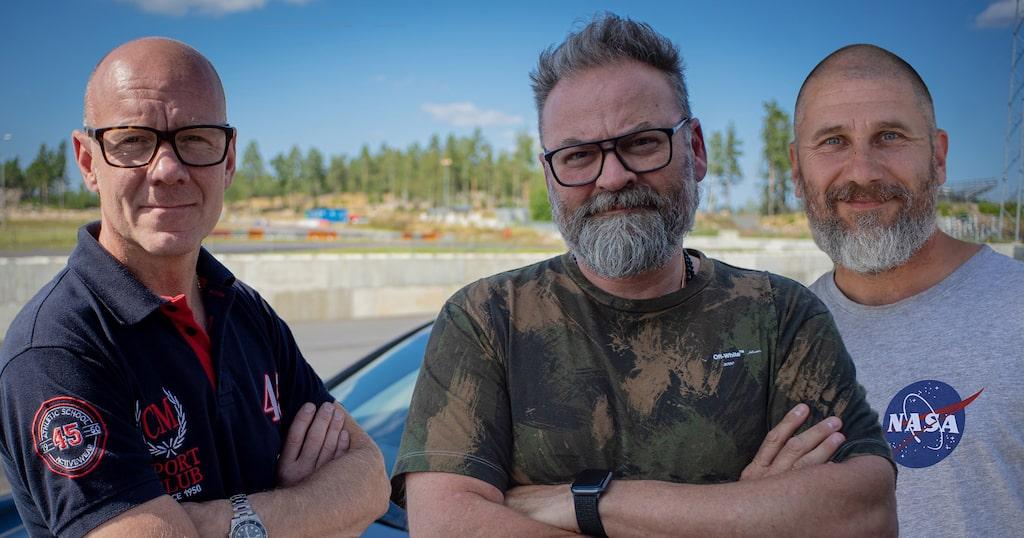 """Programledare för Top Gear Sverige är Adam Alsing, Marko """"Markoolio"""" Lehtosalo och Tony Rickardsson."""