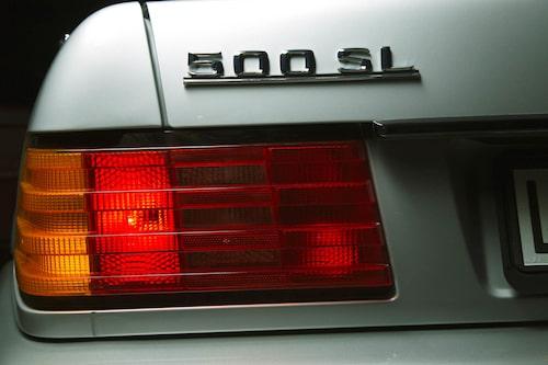 Modell 500 SL enda version som fanns alla år 1989-2001. I Sverige var sexcylindriga 300 SL populär.