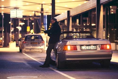 Mercedes-Benz SL med internkod R129 debuterade 1989 och levde i hela tolv produktionsår. Karosstilen var tidlöst modern och ersatte den tidigare R107-modellen (1971-89) på ett direkt vis. Starkaste och fräsigaste versionen var länge 500 SL med femliters V8-motor på 326 hästkrafter.
