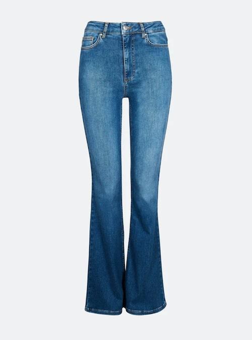 Bootcut jeans med hög midja från Cubus.