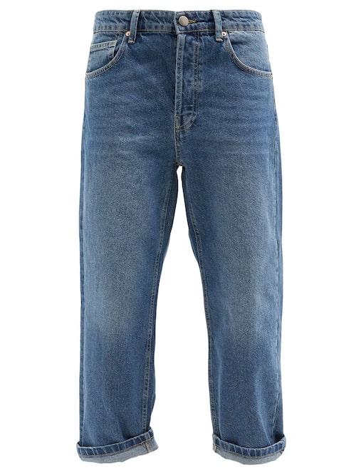 Baggy boyfriend jeans från Raey.