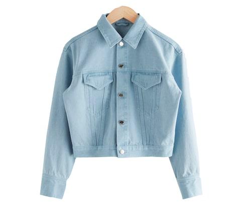 Ljusblå jeansjacka från & Other Stories.