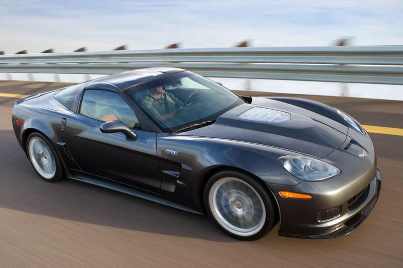 080504-corvette-zr1-gt-r
