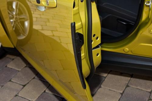 Äntligen! Skydd mot dörruppslag borde alla bilar ha.
