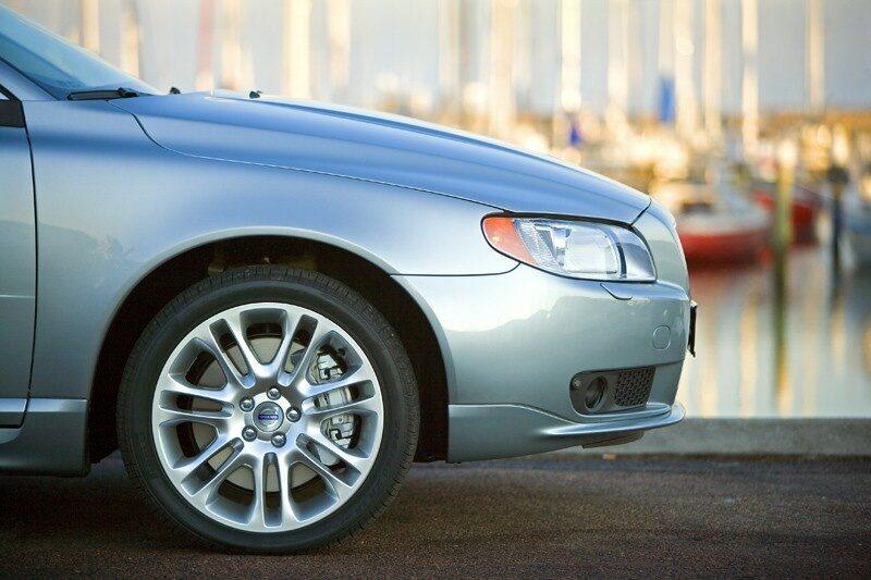 090611-ford-behåller-volvo