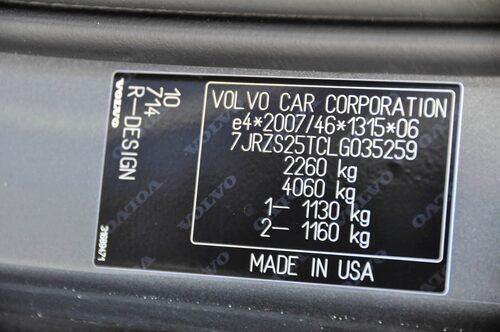 """""""Made in USA"""" på typskylten röjer bakgrunden."""