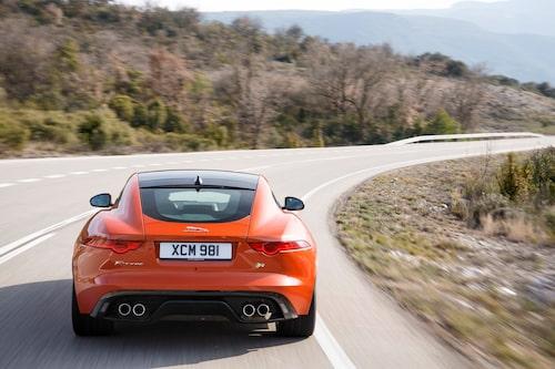 Snygg, snabb och sofistikerad. Jaguar vet hur man ska locka kunder.