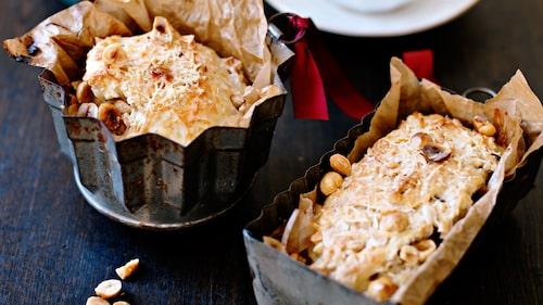 Recept på scones med nötter och parmesan.