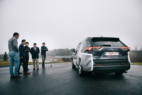 We tried to perform the tests on Arlanda Test Track 1 in November, but no. It was too wet on the track.