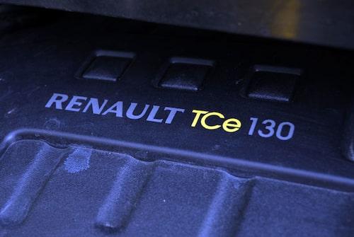 Den lilla 1,4-litersmotorn har lättrycksturbo och går mjukt samtidigt som kraften räcker till. 130 hästkrafter finns till förfogande.