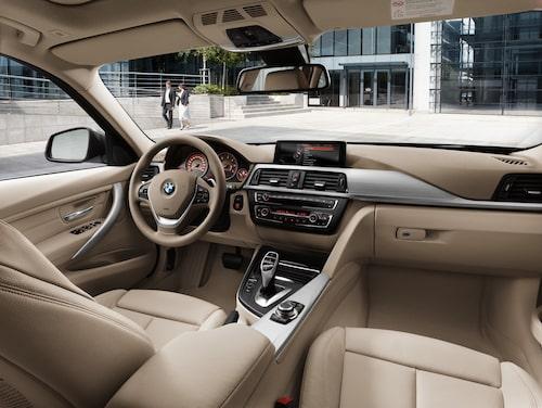 Jämfört med utgående 3-serie Touring, E91, har nya vuxit med 9,7 centimeter på längden varav fem av dessa har placerats mellan hjulaxlarna. Den extra längden har gjort gott för bagageutrymmet som kan lasta 495 liter vilket kan jämföras med 460 liter för gamla 3-seriekombin och 480 liter i nya 3-serie som sedanmodell.
