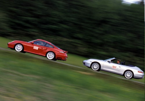 Porsche 911 Carrera 4 Cabriolet och Porsche 911 Turbo