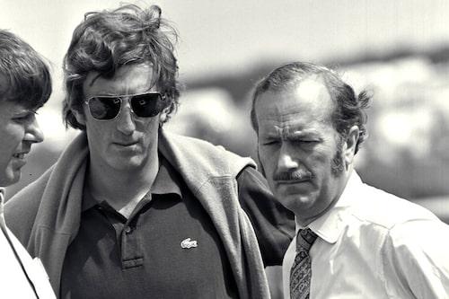Jochen Rindt och stallchefen Colin Chapman, Brands Hatch 1970.