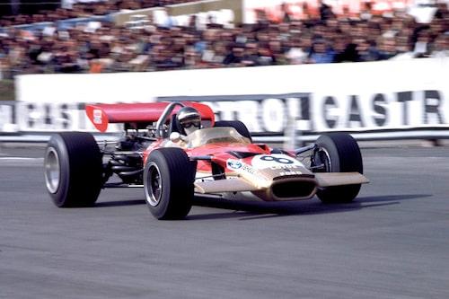 Jochen Rindt omkom under Italiens Grand Prix 1970. Här är han i sin Lotus 49 på Brands Hatch samma år.