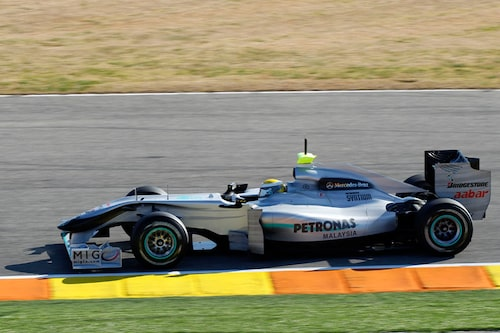 Mercedes GP W01 (Mercedes). Förare: Michael Schumacher, Nico Rosberg.