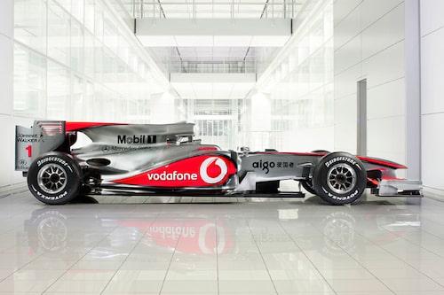 Vodafone McLaren Mercedes MP4-25 (Mercedes). Förare: Lewis Hamilton, Jenson Button.