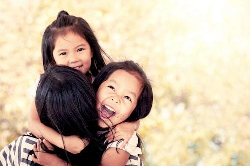 Det föds dubbelt så många tvåäggstvillingar som enäggstvillingar.