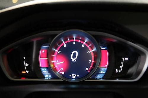 Volvo V40 bjuder på instrumentkluster som anpassar sig efter körningen.