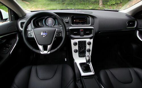 Högre känsla i materialen, men ändå typisk Volvo-feeling interiört.