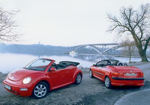 Peugeot 206 CC 2,0 och Volkswagen Beetle Cabriolet 2,0