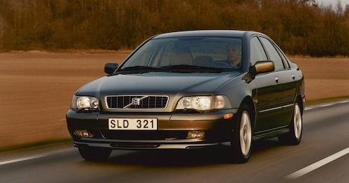 Första generationen Volvo S40 är tydligen en riktig tuffing, men speciellt ofta ser man den inte på svenska vägar längre.