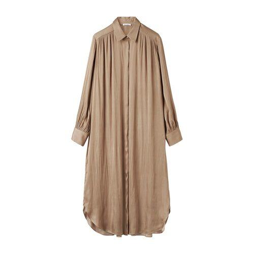 Nougatfärgad klänning från Wera.