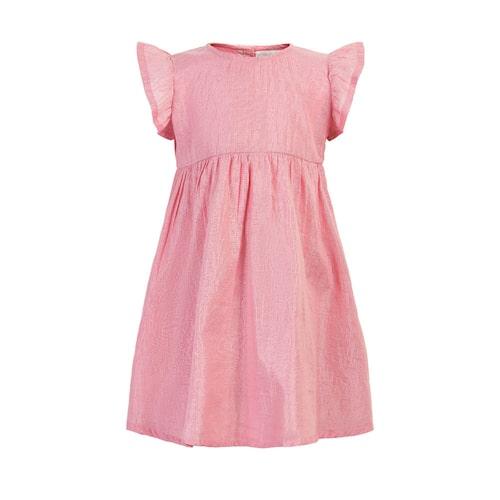 Rosa barnklänning med volangärm.