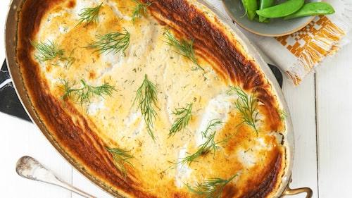 Recept på kaviarfisk med lök och dill.