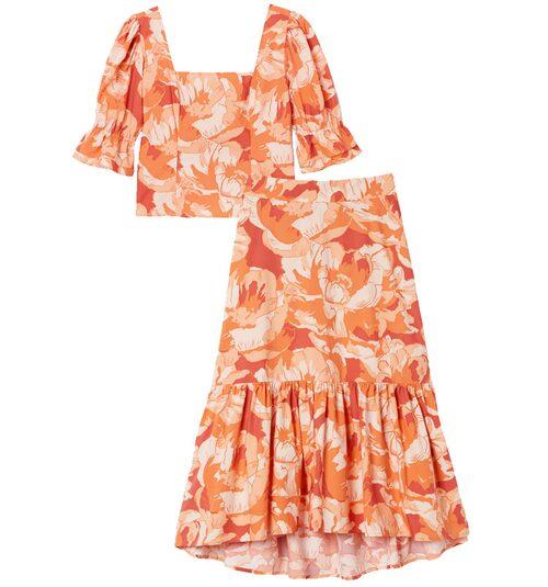 Matchande mönstrat set med kjol och topp.