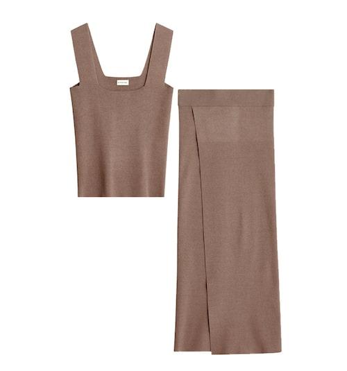 Matchande brunt set med stickat linne och stickad kjol.