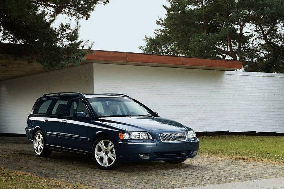 110803-hyr-grannens-bil