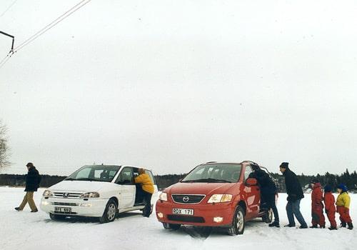 Peugeot 806 och Mazda MPV