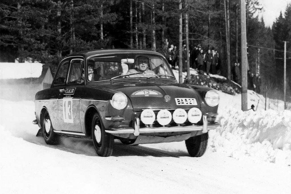 Debuten skedde 1965 i en VW 1500. Björn Waldegård vann Rally Bore.