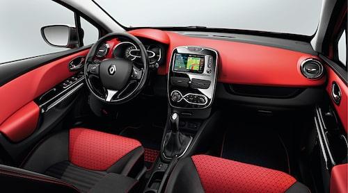 Instrumenteringen har fått en helt ny design, och vi kommer säkert att få se mer av formerna i kommande Renault-modeller.