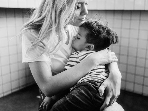 När vi är oroliga eller ledsna är det extra viktigt att göra våra barn delaktiga i vad som händer.