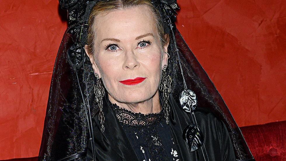 Efva Attling är aktuell med ett designsamarbete med smyckesdesignern Göran Kling.