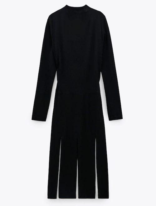 Klänning från Zara. Klicka på bilden och kom direkt till klänningen.