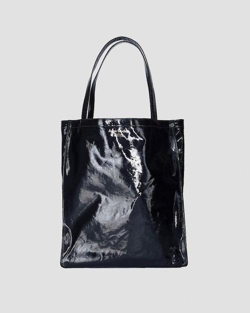 Tote väska från Acne, modell Audrey.