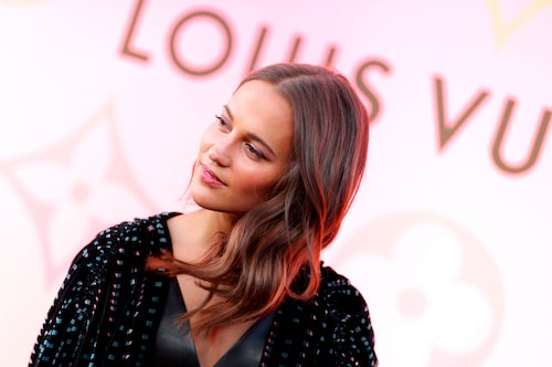 Alicia Vikander är en av Louis Vuittons ambassadörer, eller Friends of the House, som de själva kallar det.