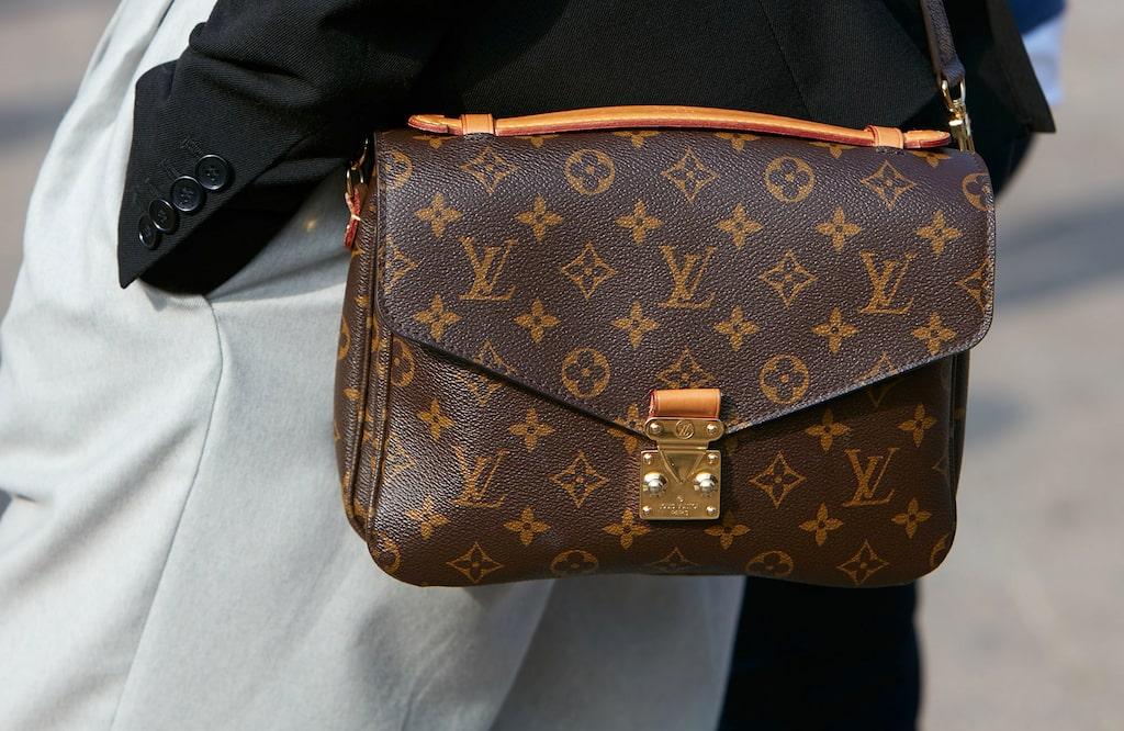 Sugen på en Louis Vuitton-väska? Då är du inte ensam!