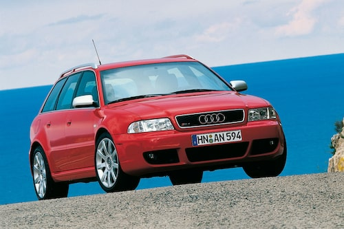 Audi RS4 Avant generation 1