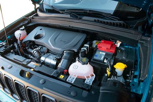 Motorn är på 130-180 hästkrafter beroende på version.