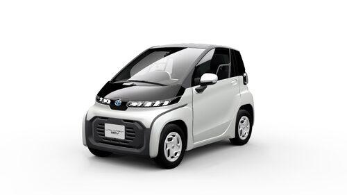 BEV Concept visas upp i Tokyo och ska lanseras i Japan nästa år. Med en topphastighet på 60 km/h är den dock inte att betrakta som en bil.